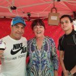Jeff Fenech visits Wendy's Crafts at Bulli Market